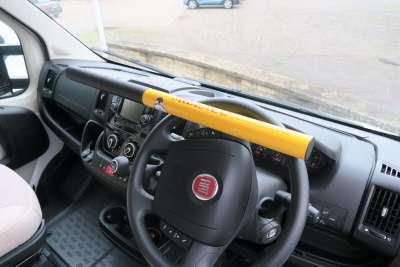 0512 Commercial Steering Lock