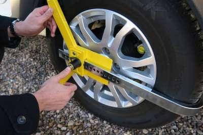 1533 Lightweight Wheelclamp Fitting 4